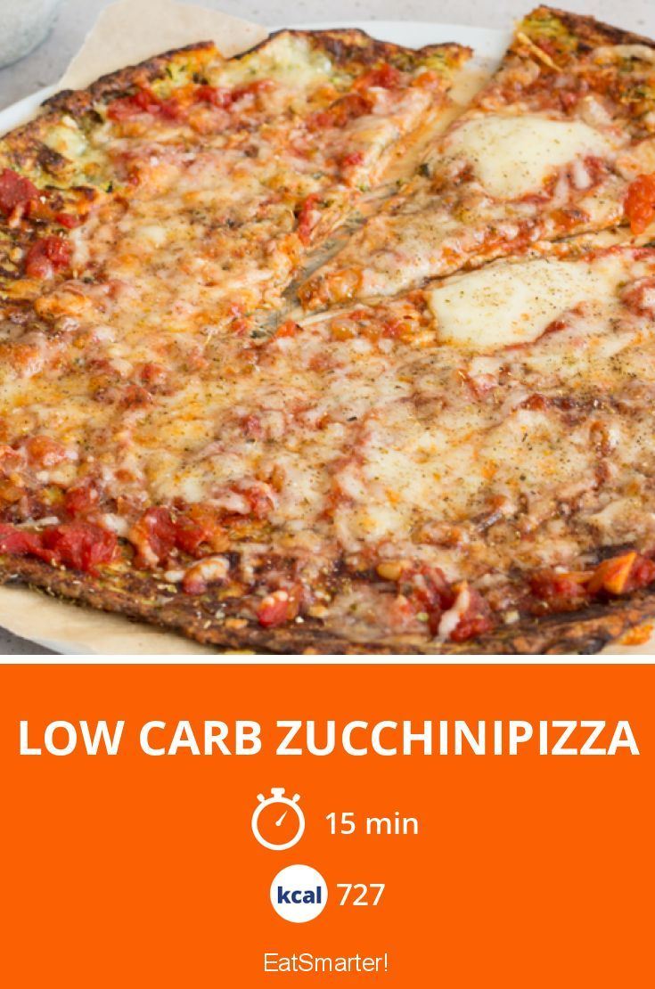 Low Carb Zucchinipizza - smarter - Kalorien: 727 Kcal - Zeit: 15 Min. | eatsmarter.de