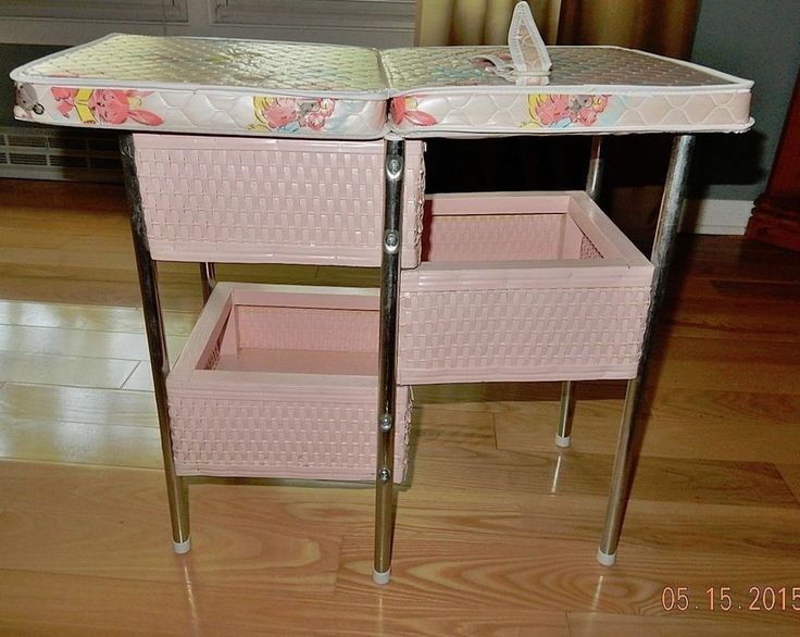 Vintage 1960u0027s Pink Wicker Basket Baby Doll Changing Table Nusery Furniture