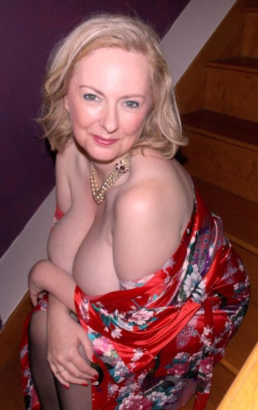 Blond English Mature Women 13