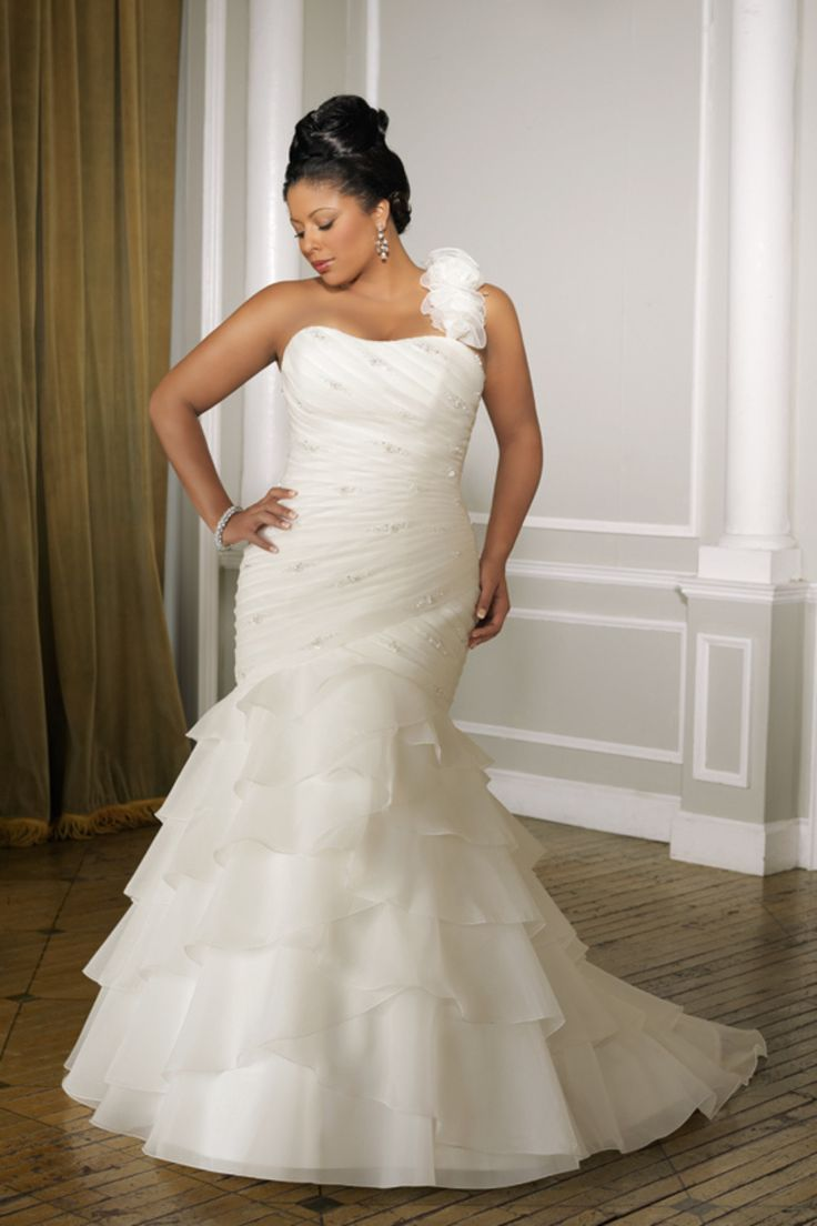 Cheap one shoulder plus size wedding dresses