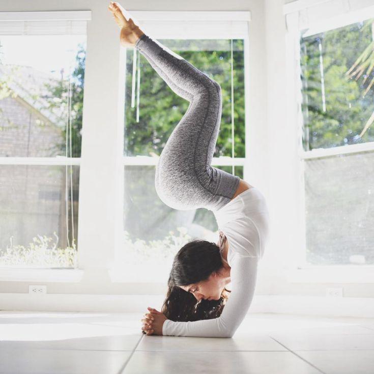 @lamise in the #AloYoga High Wait Lounge Legging #yoga #inspiration