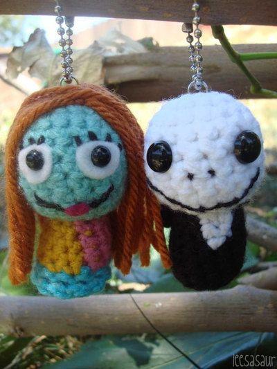 Amigurumi Disney Livre : Jack and Sally Skellington Amigurumi Ornaments from ...