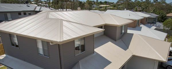 Metal roof installation - Northside
