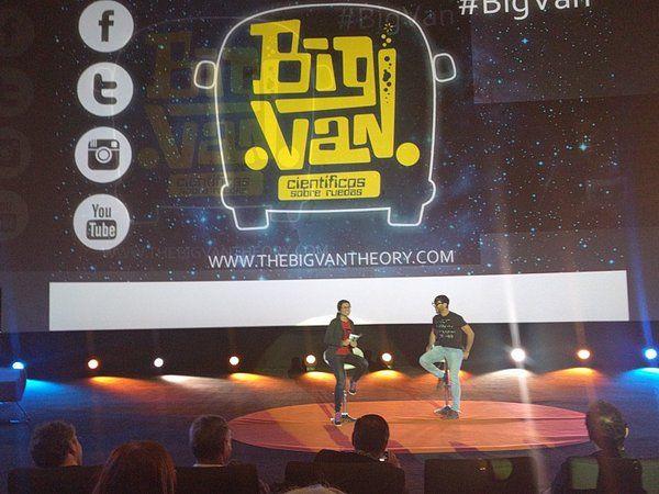 The Big Van en #GrandesProfes . Humor y ciencia no están reñidos