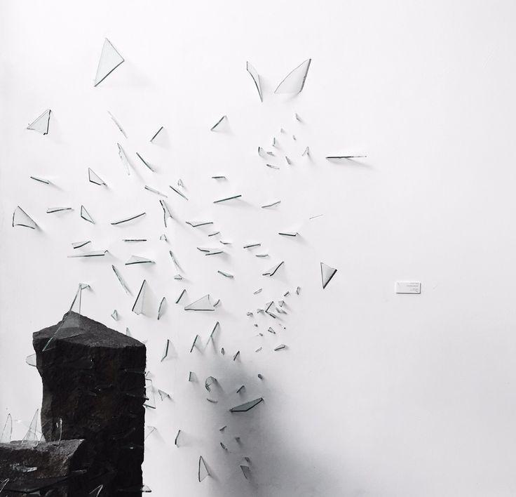 #minimalis #photography #minimalmood #white #greyscale #minimallook #minimal #photograph #idea #angle #monochrome #monoart #monochromatic #basic