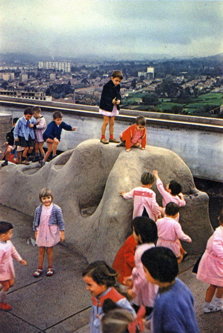 http://fuckyeahbrutalism.tumblr.com/post/128346904310/unité-dhabitation-marseilles-france-1952-le