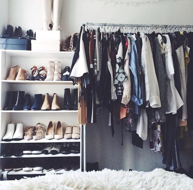 15+ Best Ideas About Clothes Rack Bedroom On Pinterest