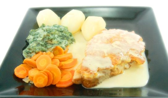 BAKED SALMON, served with creamy spinach, vichy carrot & boiled potato, in hollandaise sauce.