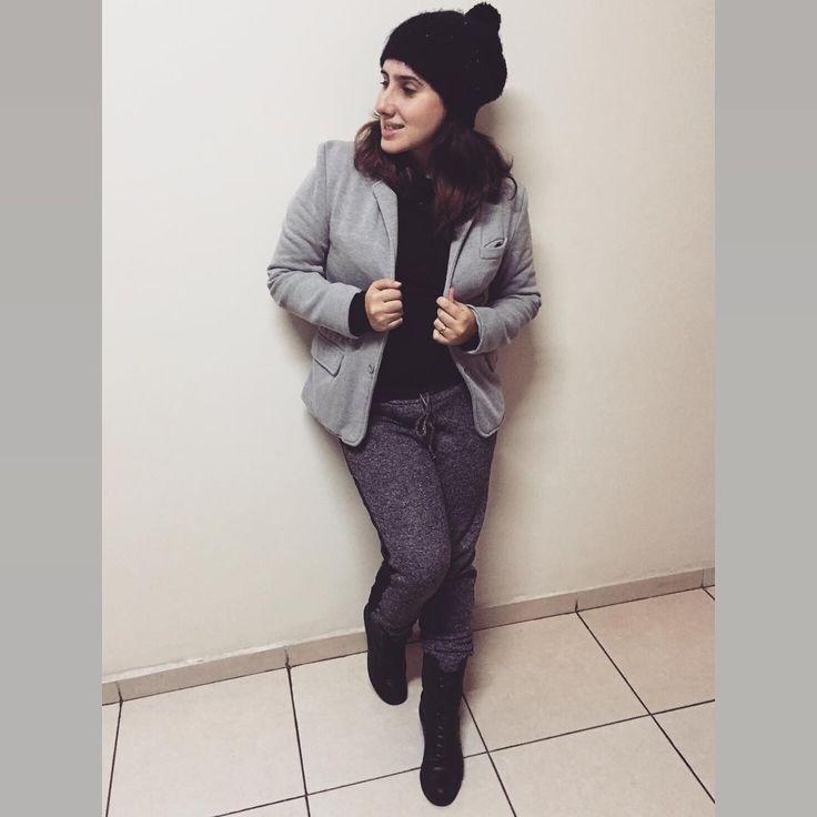 Lookito de hoje pra esse dia chuvoso e friozinho, todinho no meu estilo para o #semanameuestilo #looksamigasdoinsta #ootd #grey #outfit #moda #fashion #instafashion #estanamoda