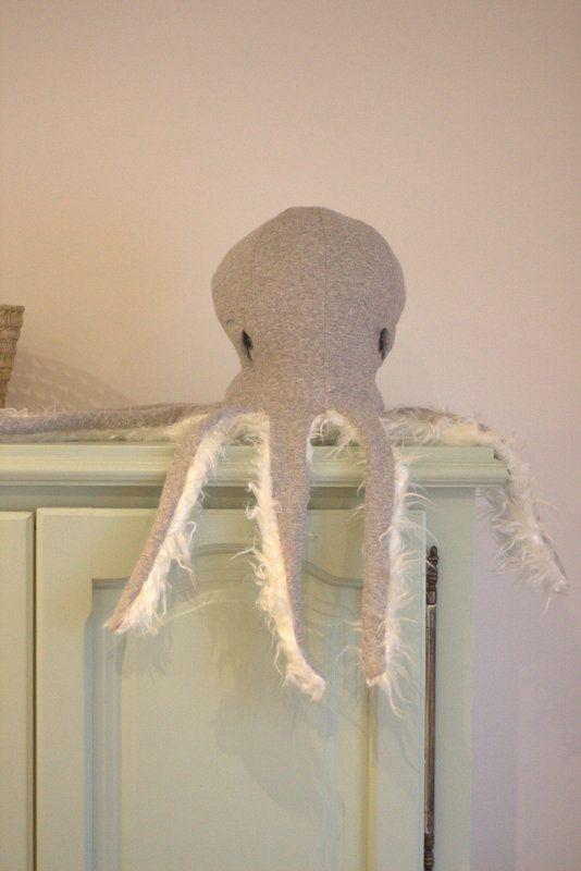 Octopus free pattern. Add on. Stoff und Stil octopus. Schnittmuster ...