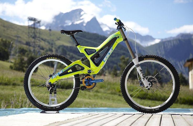 GT bikes 2011 .. Interesting colors