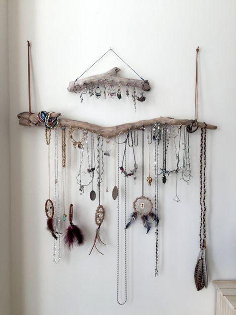 Treibholz Schmuck Veranstalter Wandbehang Halskette von Curiographer