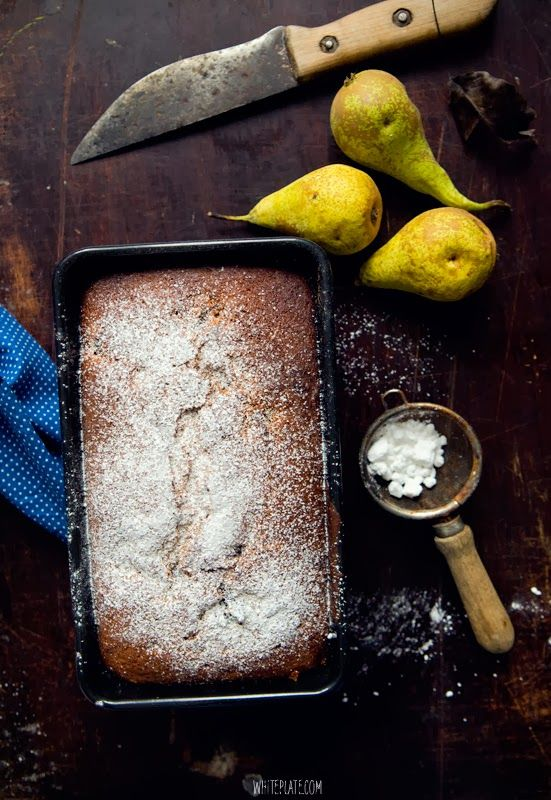 White Plate: Ciasto miodowe z bananem i powidłami