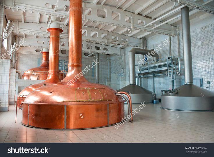 Brewing Production - Metal Beer Tanks 写真素材 304853576 : Shutterstock