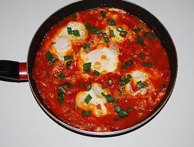 Szakszuka - jaja w pomidorach