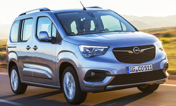 Here S A Take On Opel S Upcoming Grandland X Suv Carscoops Suv Small Suv Vauxhall