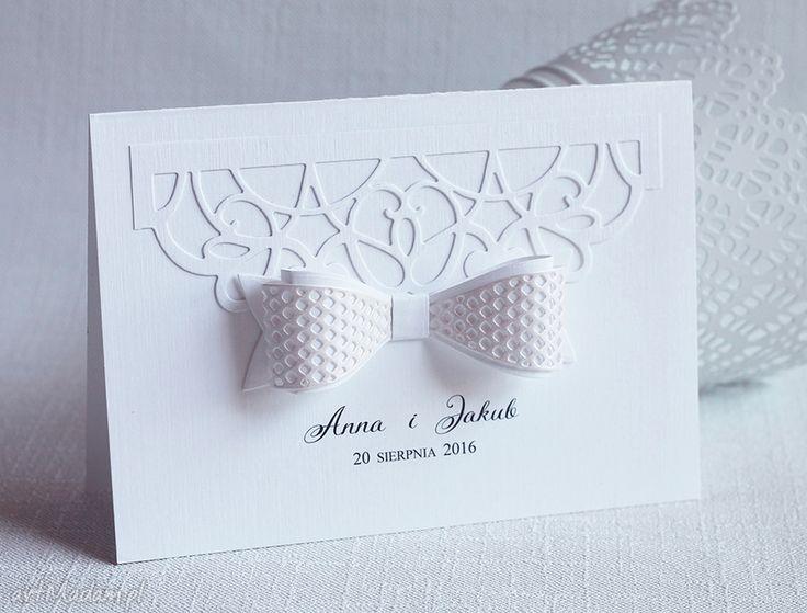 Subtelne zaproszenia ślubne kokardą biala konwalia zaproszenie