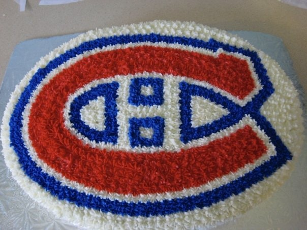 great Montreal Canadiens cake...might have to try this!