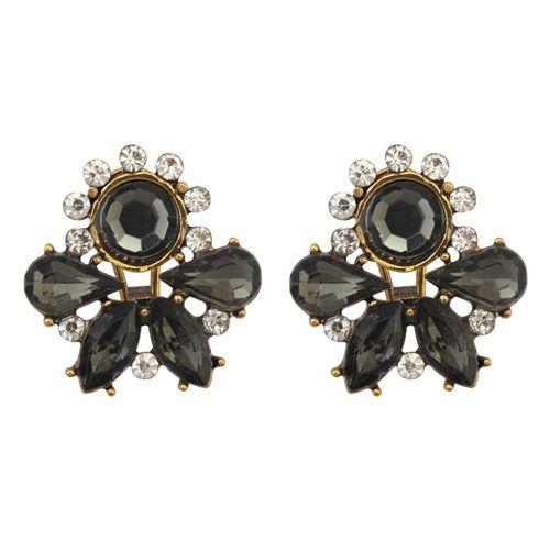 https://www.goedkopesieraden.net/Vintage-bronzen-oorstekers-met-zwarte-strass-stenen
