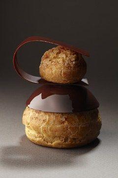 Religieuse Chocolat, La Pâtisserie de Cyril Lignac