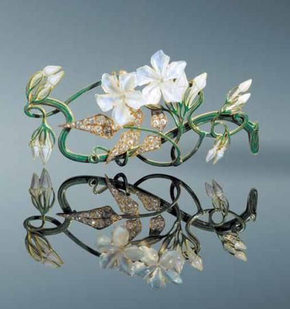 Rene Lalique brooch - gold and enamel