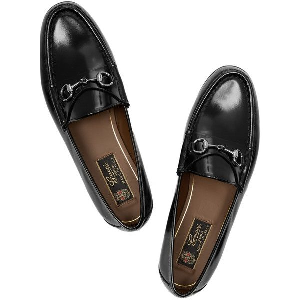 Gucci Horsebit-detailed leather loafers (7.885 ARS) ❤ liked on Polyvore featuring shoes, loafers, flats, flat shoes, horse bit loafers, leather flats, gucci loafers and black leather flats