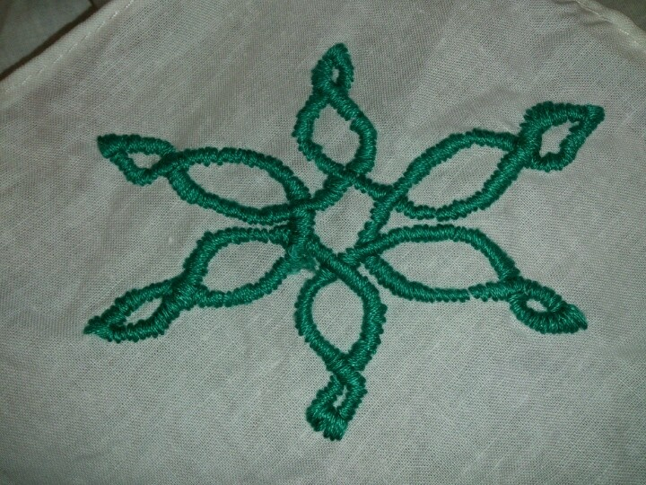 Embroidery: Celtic style snowflake
