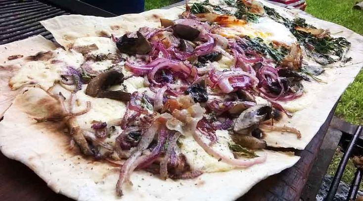 Pizza a la parrilla por Danilo Ferraz