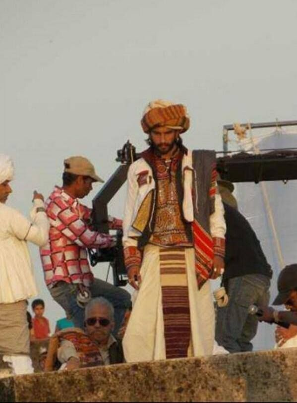 "Ranveer on ""Ramleela"" sets -Trailer releasing on 16th Sept...5 pm"