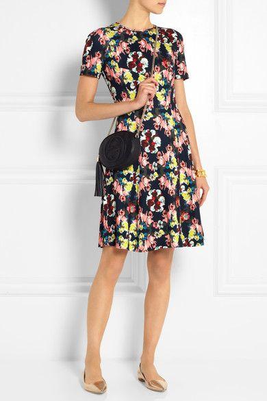robe à fleurs...