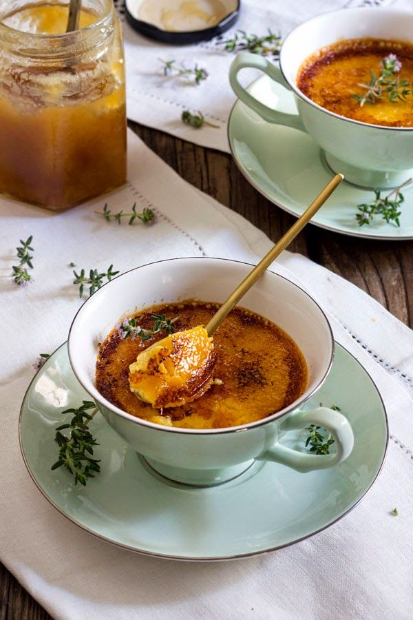 Yerbabuena en la cocina: Crema tostada de miel de brezo y tomillo
