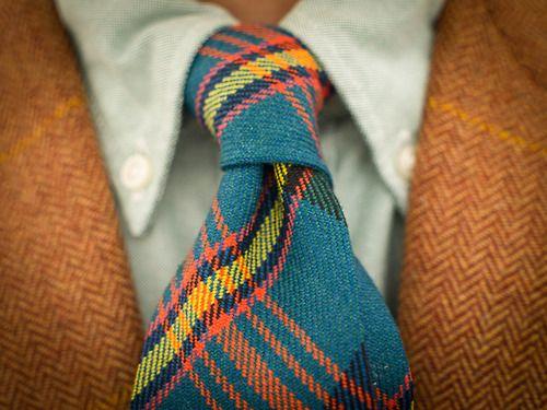 brokeandbespoke:    More tartan and tweed.