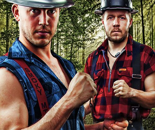 Lumberjack Feud Dinner and Show in Pigeon Forge, Tennessee