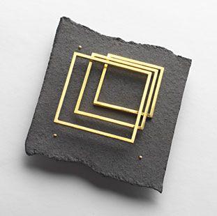 "Renzo Pasquale brooch ""passaggi"" gold, aluminium"