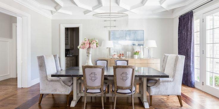 Sophistication meets family-friendly comfort in this serene home, where every day feel like summer.  Photo // Alyssa Rosenheck  Design // Austin Bean Design Studio  Featured // Elle Decor