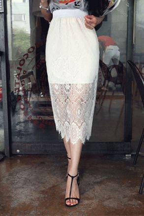 Today's Hot Pick :総レースミディ丈スカート http://fashionstylep.com/SFSELFAA0022642/insang1jp/out 高級感ある繊細な総レースで仕上げたスカートです。 裏地をあえて身に丈にして、レースから透けて見える素肌が大人の女性を演出してくれます☆ ウエストがゴムになっているので、1日中ストレスなく動き回れます。 通勤用でもパーティーシーンでも重宝する一枚**♪ 身長によって着丈感が異なりますので下記の詳細サイズを参考にしてください。  ◆色:アイボリー