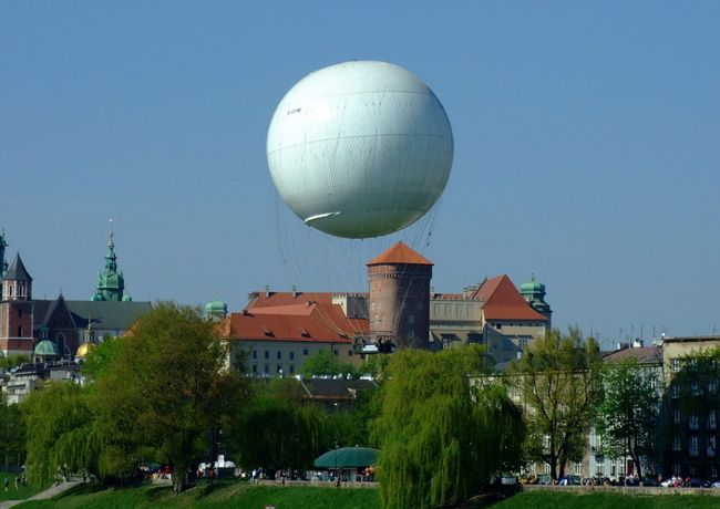 Krakow's hot air balloon is a krakow sightseeing activity with a difference. See the sights from a height of 650 ft in a purpose built hot air balloon http://partykrakow.co.uk/stag-weekends-krakow/relaxed/balloon-flight/