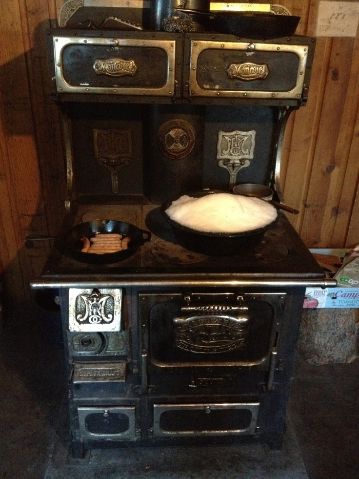 Missing The Old Wood Stove And Christmas Cookies Bake Within
