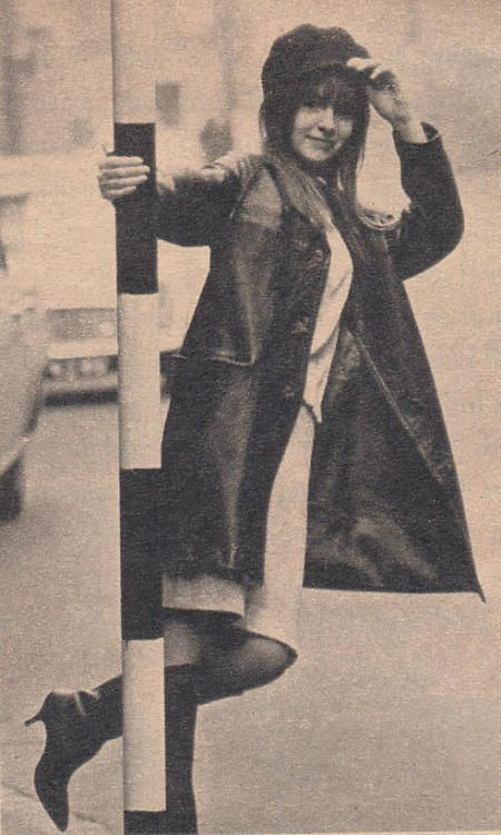 Early 1964 pose of Jane on a London street near her home.