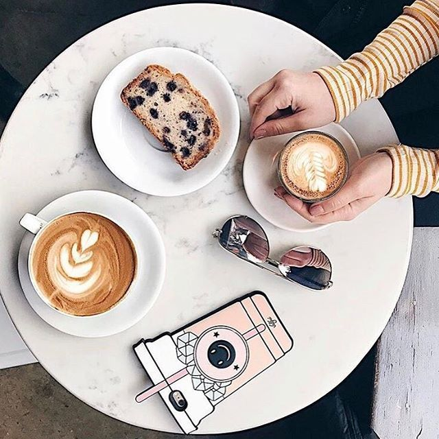 Szép napot mindenkinek! #coffeelove #wednesday #coffee #january #morning #breakfasttime #mik #elle #ellehungary  via ELLE HUNGARY MAGAZINE OFFICIAL INSTAGRAM - Fashion Campaigns  Haute Couture  Advertising  Editorial Photography  Magazine Cover Designs  Supermodels  Runway Models