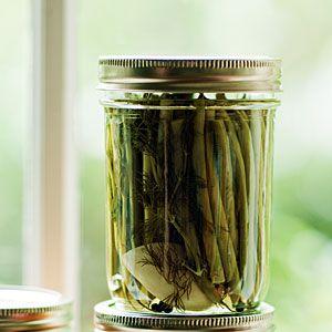 how to make crisp pickled green beans