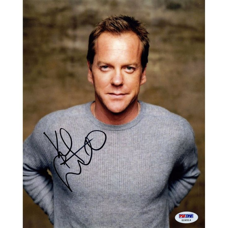 Kiefer Sutherland Signed Profile 8x10 Photo (PSA/DNA) Jack Bauer is easily one of the most recognizable characters ever on TV and that's all thanks to Kiefer Sutherland and his time as the main charac