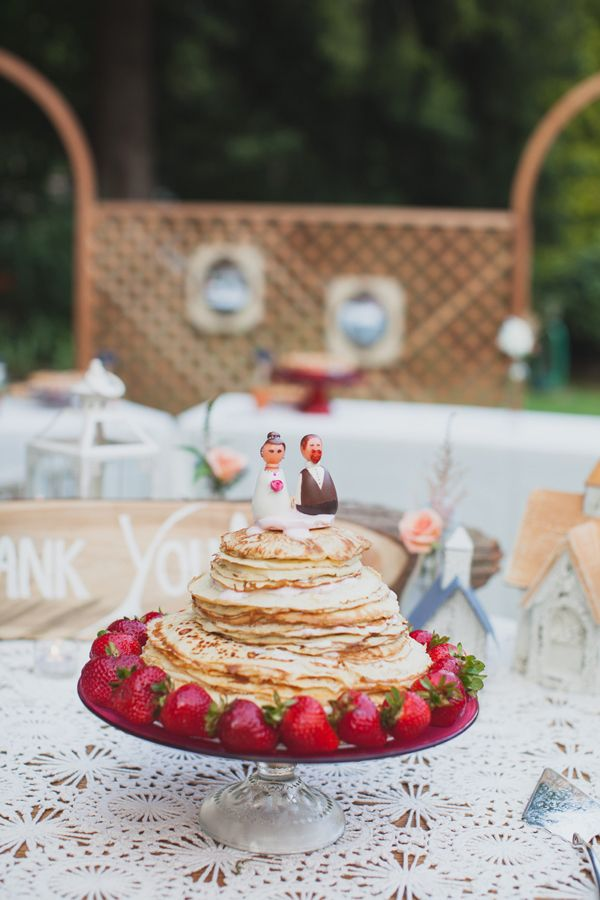 13 CREPE WEDDING CAKES THAT WILL MAKE YOU SAY OUI!   Alternative Wedding  Dessert Ideas