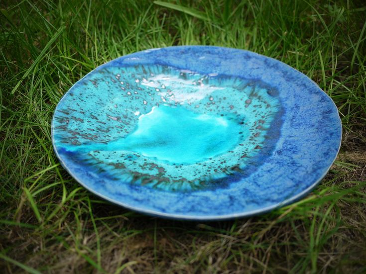 Blueishgreen, watercolour,  handmade ceramic fruit plate that takes inspiration from little landscapes made by nature. Unique gift idea. Ocean 06 by Projectorium.pl