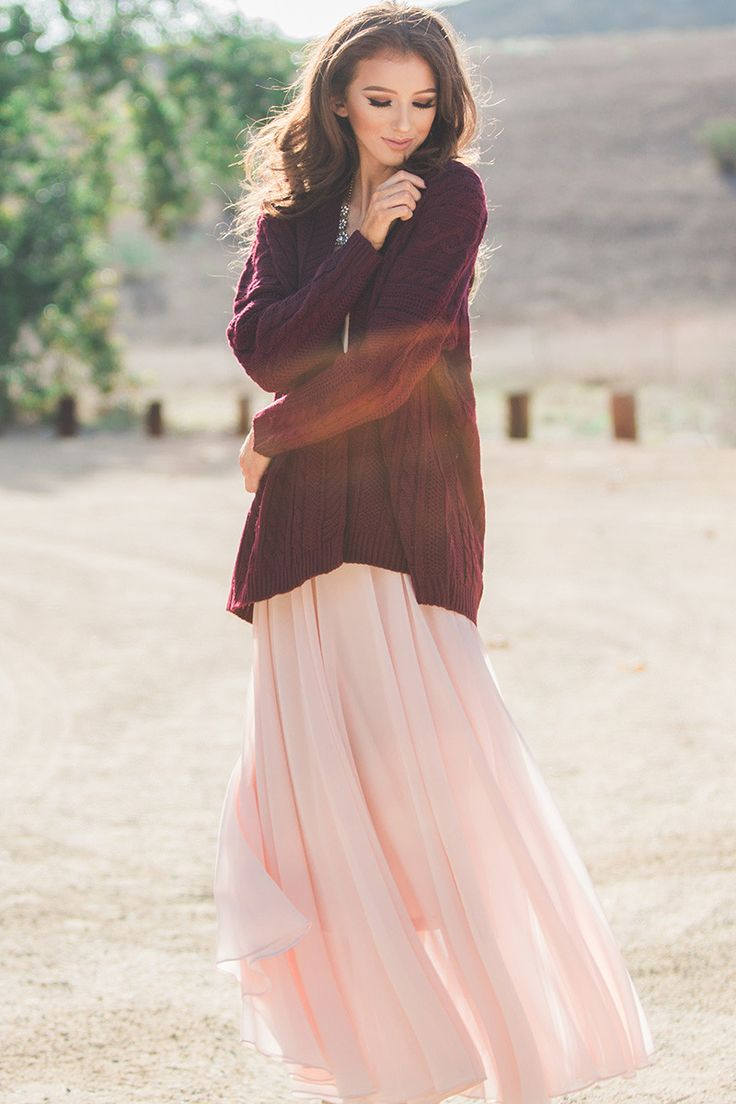 Maxi skirts, fall fashion, staple pieces, pink skirt, Morning Lavender, photoshoot outfit ideas