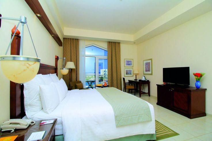 SALALAH VERACLUB SALALAH Il Veraclub Salalah nasce da una collaborazione tra la celebre catena alberghiera Marriott e Veratour. 9 GIORNI 7 NOTTI https://youtu.be/cNcwEkztWKQ  #PRENOTA LA TUA #VACANZA CLICCANDO QUI! sarai contattato direttamente da #helevirturismo #isoladiischia #isolaverde #golfodinapoli #ITALY per verificarne la #disponibilità  Villaggi Oman - Veraclub Salalah Ecco un vero gioiello della collezione Veraclub in Oman per una vacanza affascinante in uno dei luoghi più esotici…