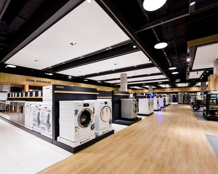 A consumer centric approach, magnifying opportunities for customer product/staff engagement across product categories wrapped in a warmer, lifestyle-oriented interior design.