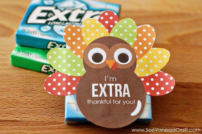 A turkey printable for decorating packs of Extra gum - so cute!