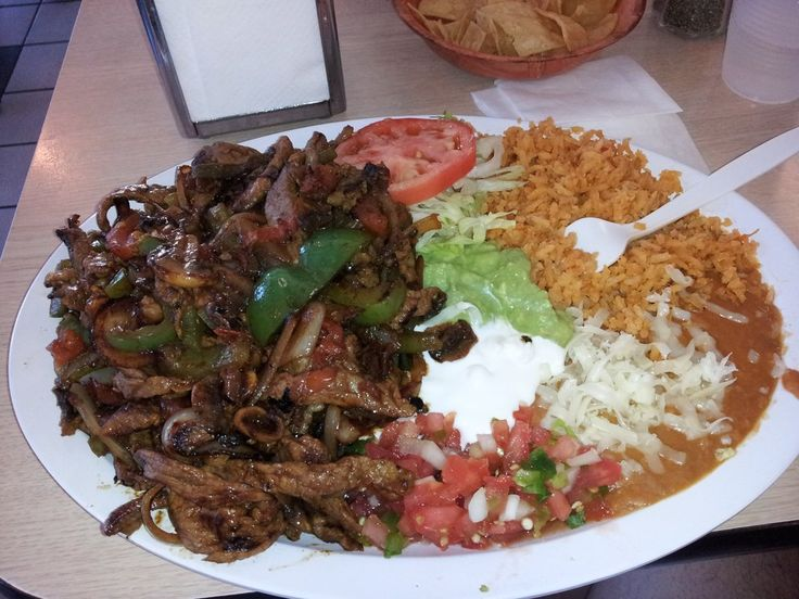 Taqueria Los Pericos - Dublin, CA, United States. Steak Fajita... Look at the HUGE portion! Yum, yum!