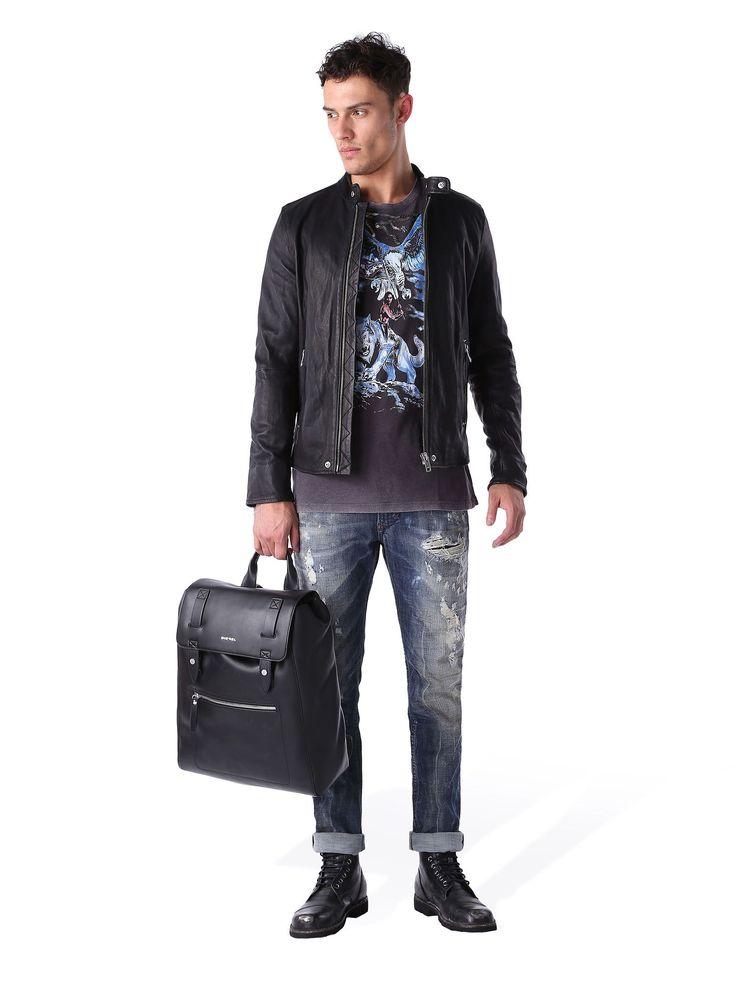 T Shirt Diesel T JOE M. Découvrez-en plus sur Diesel Online Store et passez votre commande: livraison en 48h et retour gratuit.